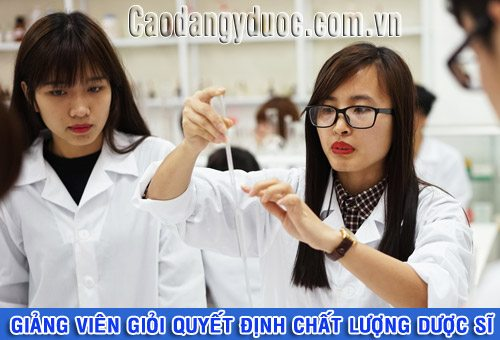 giang-vien-gioi-quyet-dinh-chat-luong-duoc-si